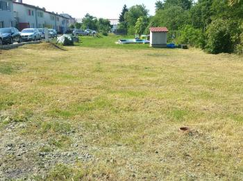 Prodej pozemku 455 m², Ústín
