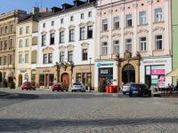 vstup z náměstí do ulice Švédská (Pronájem jiných prostor 75 m², Olomouc)