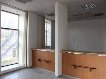 obchodní prostor-pohled od vstupu - Pronájem obchodních prostor 50 m², Olomouc