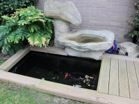zahradní fontána s rybkami (Prodej domu v osobním vlastnictví 240 m², Olomouc)