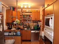 kuchyně (Prodej domu v osobním vlastnictví 240 m², Olomouc)