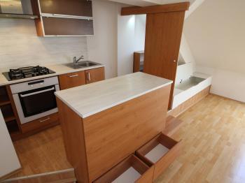úložné prostory - Prodej bytu 2+kk v osobním vlastnictví 61 m², Prostějov