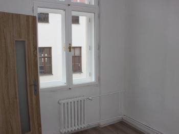 pokoj 2 - Pronájem bytu 2+1 v osobním vlastnictví 45 m², Olomouc