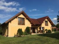 Prodej domu v osobním vlastnictví, 285 m2, Neratov