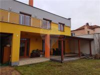 Pronájem domu v osobním vlastnictví 180 m², Pardubice