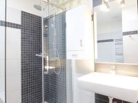 sprchový kout (Pronájem bytu 3+kk v osobním vlastnictví 91 m², Pardubice)