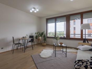Obývací část - Prodej bytu 1+kk v osobním vlastnictví 31 m², Praha 7 - Holešovice