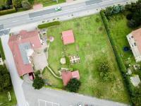foto z výšky obou parcel - Prodej domu v osobním vlastnictví 328 m², Voleč