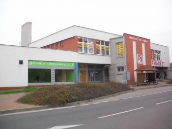 Pronájem obchodních prostor 556 m², Slatiňany