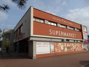 OC Slatiňany - Pronájem obchodních prostor 556 m², Slatiňany