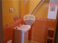 WC + koupelna ap. 2 (Prodej penzionu 1800 m², Vrbno pod Pradědem)