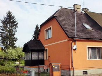 Prodej domu v osobním vlastnictví, 200 m2, Bruntál
