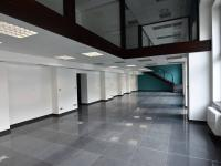 Pronájem obchodních prostor 683 m², Olomouc