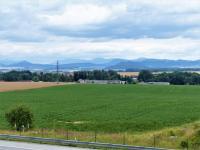 Prodej pozemku 28600 m², Vražné