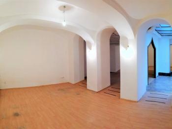 Pronájem obchodních prostor 99 m², Olomouc