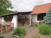 Prodej domu v osobním vlastnictví 780 m², Louka