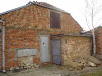 Zadní vstup do objektu (Prodej komerčního objektu 534 m², Strážovice)