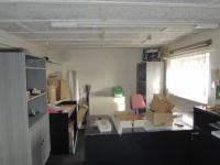 Kancelář v 2.NP (Prodej komerčního objektu 534 m², Strážovice)