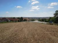Pohled na křižovatku Brno-Kyjov-Hodonín (Prodej pozemku 3939 m², Žarošice)