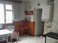 Kuchyň (Prodej domu v osobním vlastnictví 169 m², Moravský Písek)