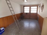 průjezd_jako garáž (Prodej domu v osobním vlastnictví 125 m², Bučovice)