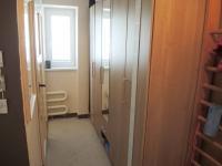 Chodba se skříněmy (Prodej bytu 3+1 v osobním vlastnictví 80 m², Hodonín)