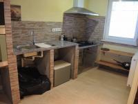 kuchyně v bytě (Prodej domu v osobním vlastnictví 163 m², Lanžhot)