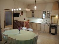 kuchyně s jídelním koutem (Prodej domu v osobním vlastnictví 250 m², Sedlec)