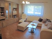 obývací pokoj (Prodej domu v osobním vlastnictví 250 m², Sedlec)