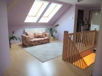 hala v podkroví (Prodej domu v osobním vlastnictví 250 m², Sedlec)
