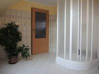koupelna s podkroví (Prodej domu v osobním vlastnictví 250 m², Sedlec)