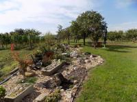 inspirace na skalku (není součástí prodeje) - Prodej pozemku 1520 m², Dolní Dunajovice