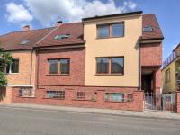 Prodej domu v osobním vlastnictví 200 m², Břeclav