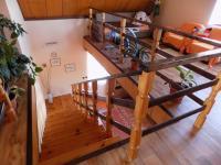 schodiště do patra - Prodej domu v osobním vlastnictví 250 m², Svatobořice-Mistřín
