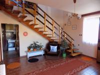 vstupní hala v přízemí - Prodej domu v osobním vlastnictví 250 m², Svatobořice-Mistřín