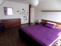 ložnice v patře - Prodej domu v osobním vlastnictví 250 m², Svatobořice-Mistřín