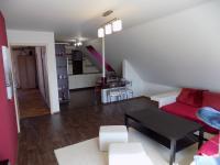 obývací pokoj v patře - Prodej domu v osobním vlastnictví 250 m², Svatobořice-Mistřín