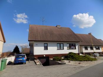 Prodej domu v osobním vlastnictví 253 m², Sobůlky