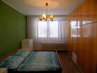 ložnice v přízemí - Prodej domu v osobním vlastnictví 250 m², Svatobořice-Mistřín
