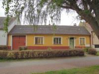 Prodej domu v osobním vlastnictví, 150 m2, Vracov