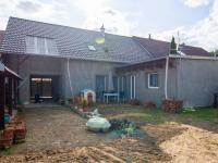 pohled na RD ze zahrady - Prodej domu v osobním vlastnictví 253 m², Sobůlky