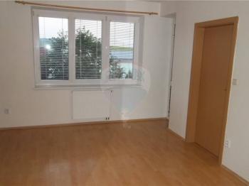 Prodej bytu 2+1 v osobním vlastnictví 64 m², Slavkov u Brna