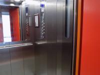 společné prostory výtah - Prodej bytu 1+1 v osobním vlastnictví 32 m², Hodonín