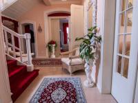 hala - Prodej domu v osobním vlastnictví 250 m², Miroslav