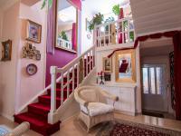 vstup z haly na dvůr - Prodej domu v osobním vlastnictví 250 m², Miroslav