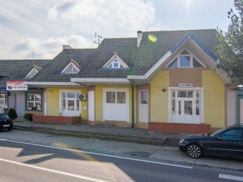 Prodej obchodních prostor 156 m², Břeclav