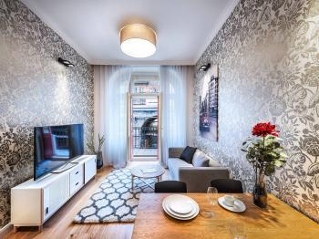 Prodej bytu 2+kk v osobním vlastnictví 40 m², Praha 8 - Karlín