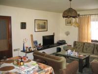 Obývací pokoj v patře. (Prodej domu v osobním vlastnictví 273 m², Horní Maršov)