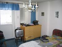 Ložnice v patře. (Prodej domu v osobním vlastnictví 273 m², Horní Maršov)