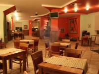 Restaurace. (Prodej hotelu 847 m², Beroun)
